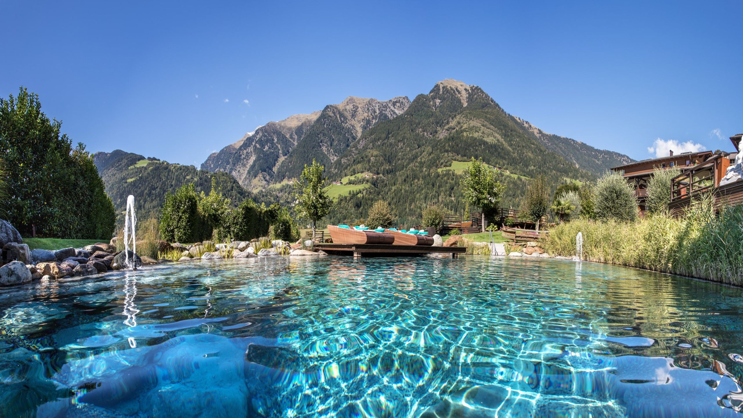 Panorama im Passeiertal Wellnesshotel mit Pool: Andreus Resorts Wellnesshotels Südtirol